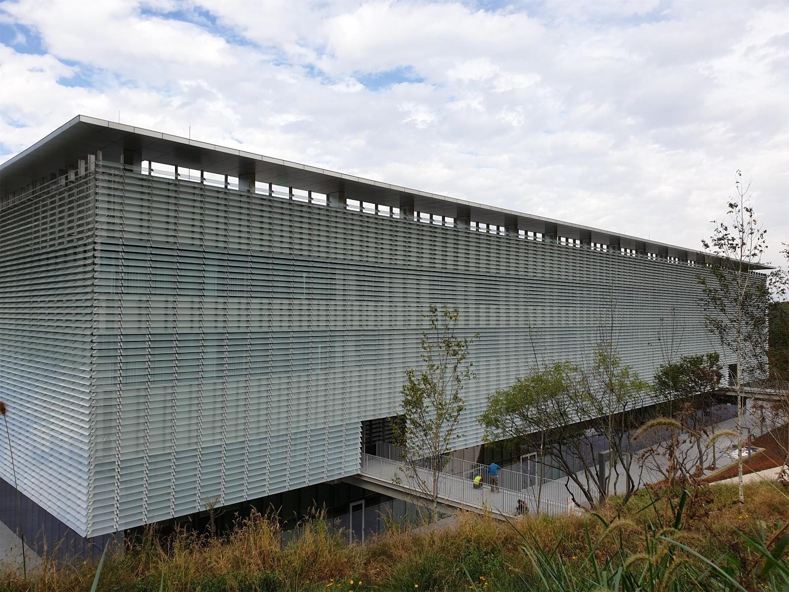 facade (3).jpg