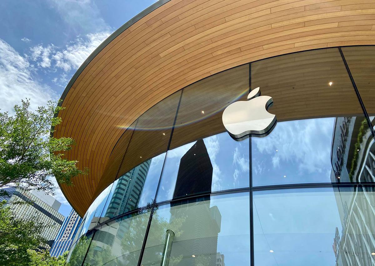 泰美啦!落地玻璃帷幕結合曲木工藝,東南亞最大 Apple Store 成曼谷新地標,世界最長城市名環繞的預告牆也超吸睛-3.jpg