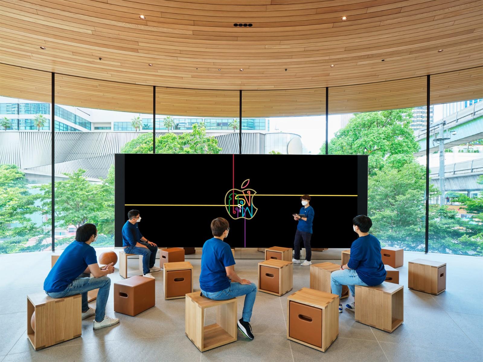 Apple Central World Forum 互动坊的影像墙。.jpg